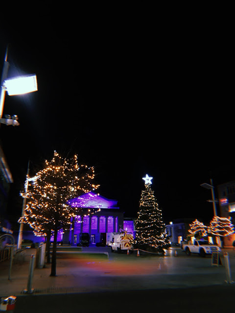 Southampton Guildhall with Christmas lights